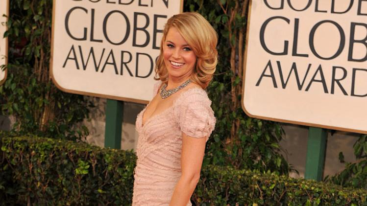 Elizabeth Banks arrives at The 66th Annual Golden Globe Awards at The Beverly Hilton Hotel on January 11, 2009 in Hollywood, California.