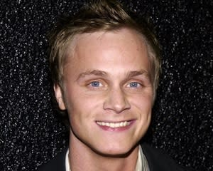 Arrow Recruits Once Upon a Time's David Anders