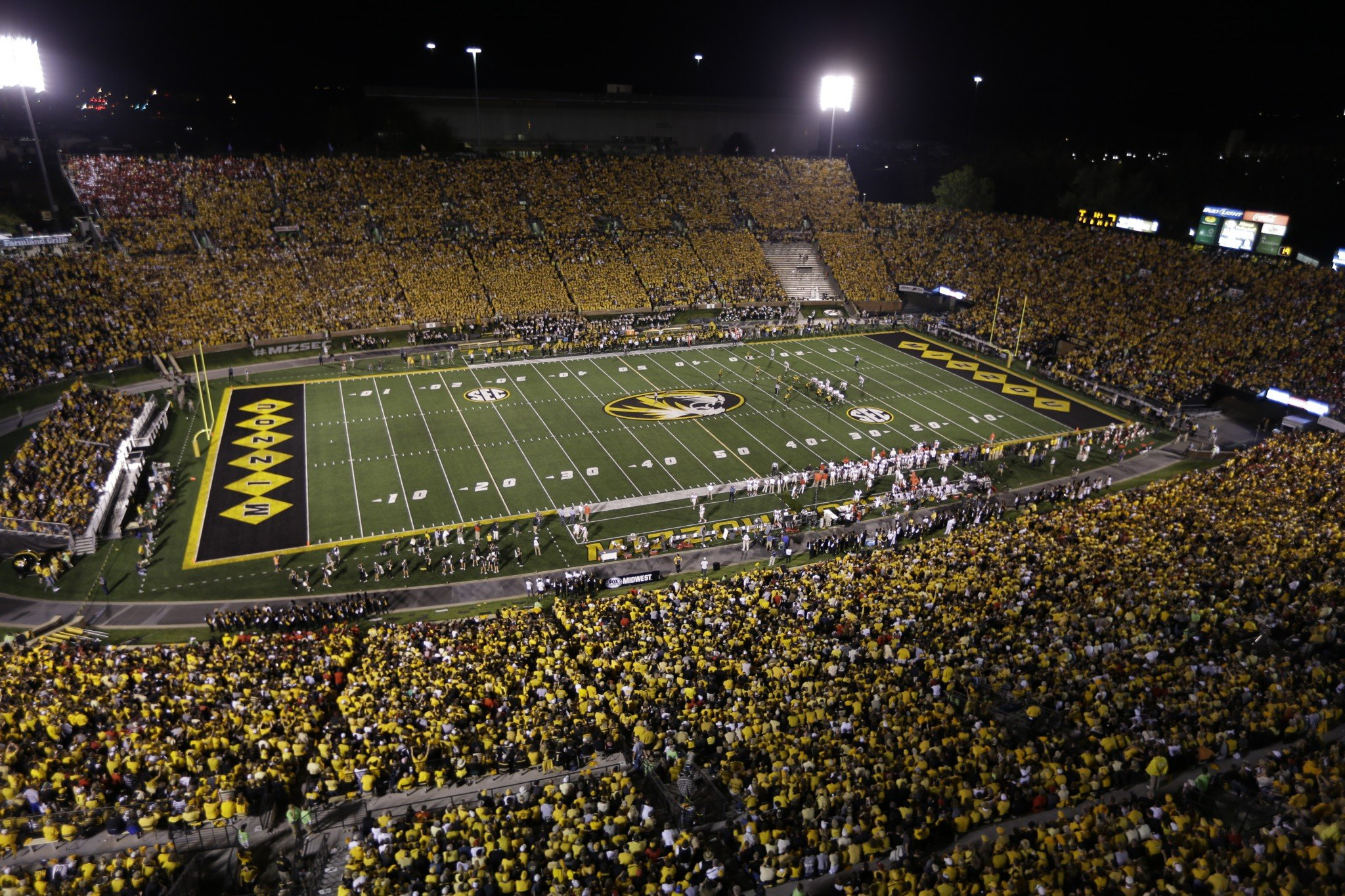 Missouri running back suspended after stealing arrest