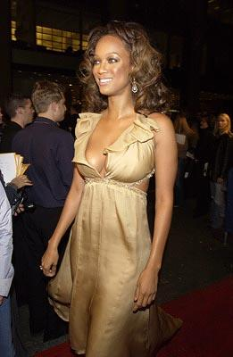 Tyra Banks VH1 Vogue Fashion Awards - 10/15/2002
