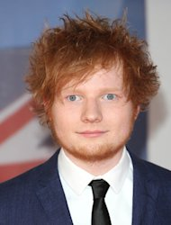 Sheeran sorry for signing chaos