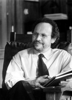 Billy Crystal in Warner Brothers' Analyze This