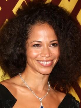Teri Polo & Sherri Saum To Star In Jennifer Lopez's ABC Family Pilot 'The Fosters'