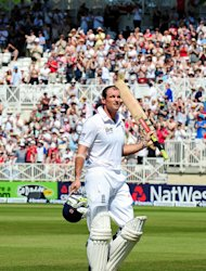Sir Viv Richards has backed Andrew Strauss (pictured) to lead England to Test cricket dominance