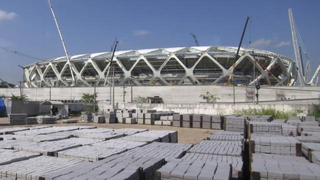World Cup - Defiant Manaus mayor issues invitation to city's critics