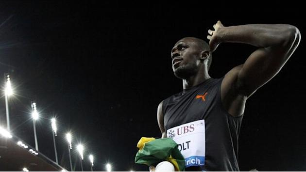 Athletics - Bolt beaten in 400m season opener