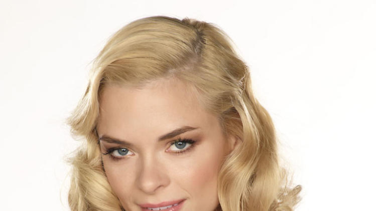 "Jaime King as Lemon Breeland in ""Hart of Dixie."""
