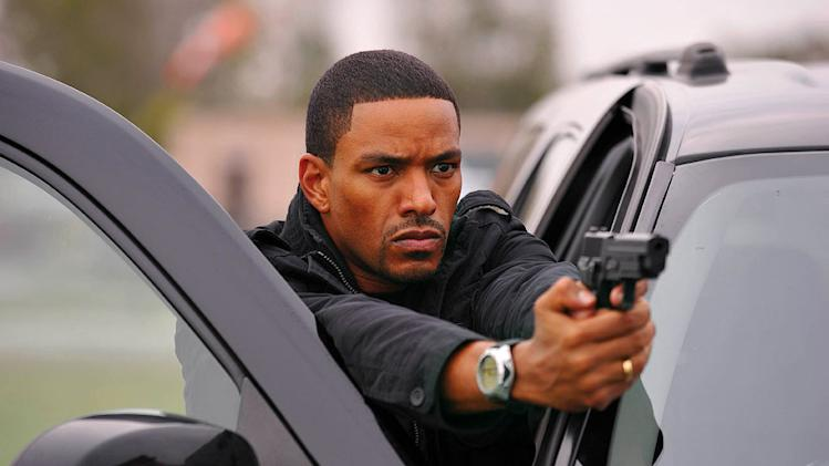 "Laz Alonso as US Marshal Charlie DuChamp in ""Breakout Kings."""