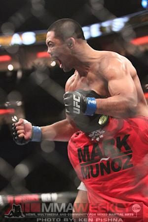 UFC 162 Results: Mark Munoz Returns with Dominating Decision Over Tim Boetsch