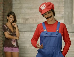 PHOTO: Penelope Cruz Dressed As Mario!