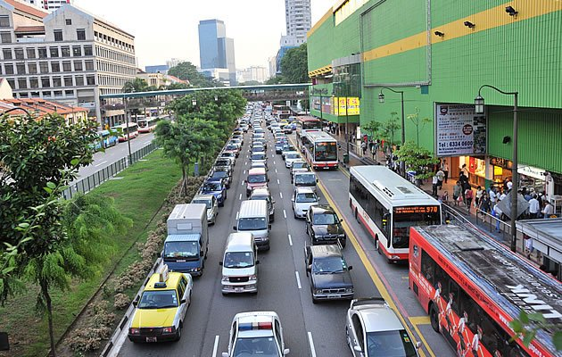 Certificate of Entitlement (COE) prices for cars up to 1,600cc rose slightly over S$1,000 in the latest round of bidding on Wednesday. (Yahoo! file photo)
