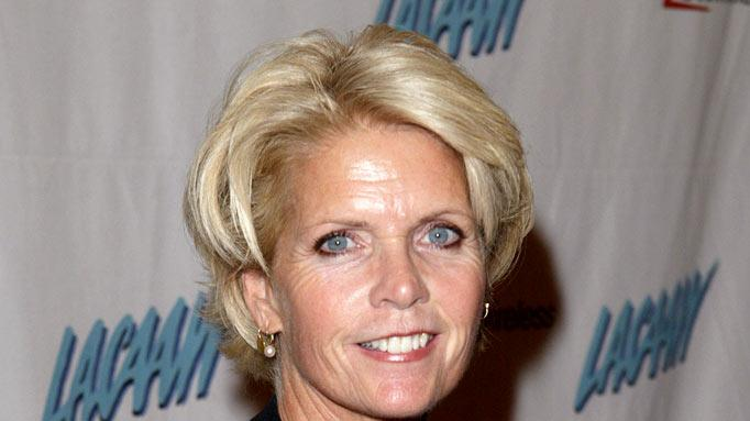 Meredith Baxter at the LACAAW's 33rd Annual Humanitarian Awards in Beverly Hills, California on October 1, 2004. Meredith Baxter