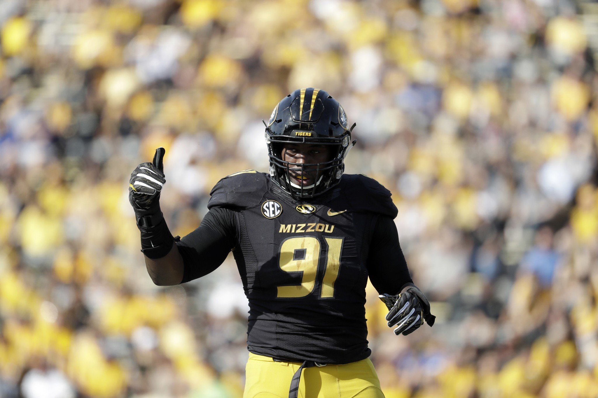 Charles Harris combined for 117 tackles, 30.5 tackles for loss and 16 sacks over the last two seasons at Missouri. (AP Photo/Jeff Roberson)