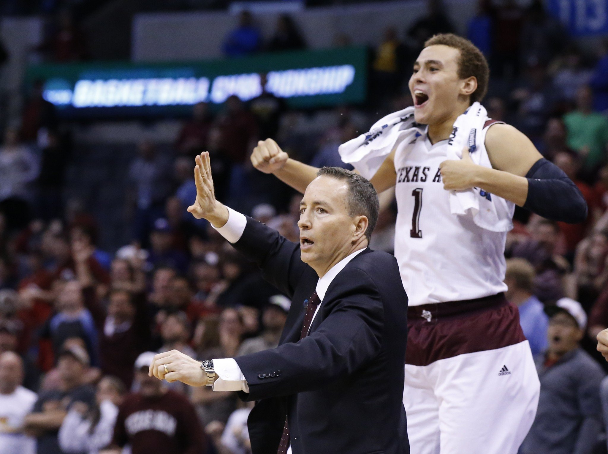 Texas A&M picked up its tenth win of the season on a controversial ending. (AP Photo/Sue Ogrocki)
