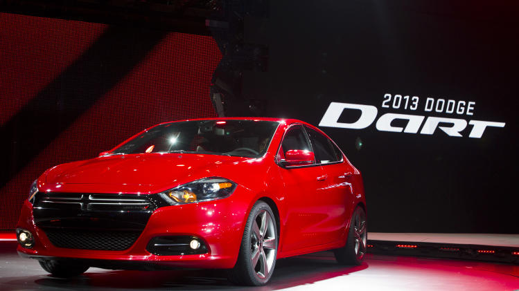 Chrysler CEO: Sales of new Dart fall short