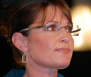 Sarah Palin Gives Moore a Thumbs Down' on 'Game Change' Performance -- Was it Fair Criticism?