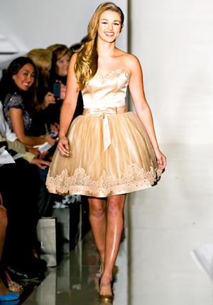 Sadie Robertson Singing on Duck Dynasty Christmas Album Duck the Halls, Models at Fashion Week