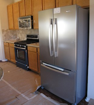 A Title 1 loan can be used to replace home appliances. (Photo: roger_mommaerts / Flickr)