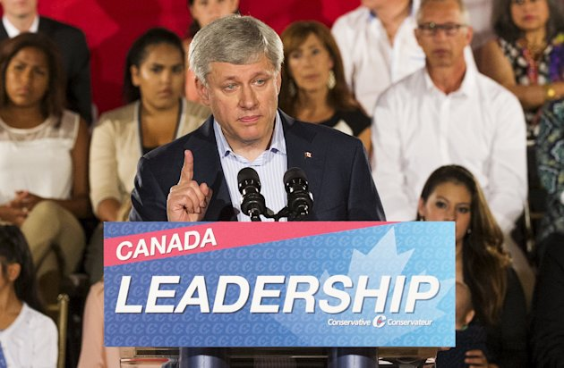 Stephen Harper speaks during a campaign stop in King Township, Ontario, August 20, 2015. (Reuters)