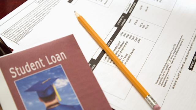 Student loan blues: Top 4 tips on how to repay your student debt