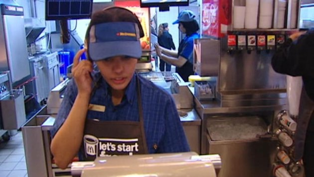 On Thursday, Ontario's Liberal government announced a minimum wage raise to $11.25 an hour. (CBC)