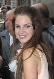 Lana Del Rey Works Barbarella Hair!