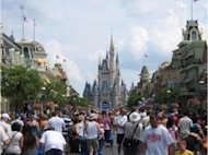 What's Your Story? Applying Storytelling To Online Training image blog Crowds at Disney Magic Kingdom Orlando 300x2241