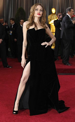 At the Oscars Angelina Jolie was upstaged by her own right leg.