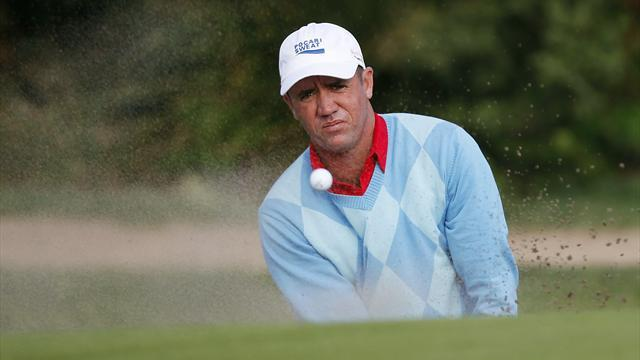 Golf - Hend outshines Els to grab Asian Tour lead in Macau