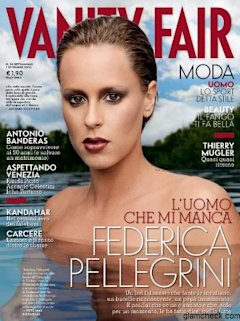 Swimmers Federica Pellegrini, Stephanie Rice raise