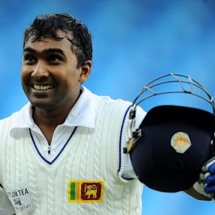 Mahela in the league of greats: Murali