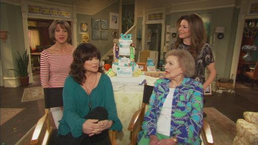 'Hot in Cleveland' Cast Celebrates 100th Episode