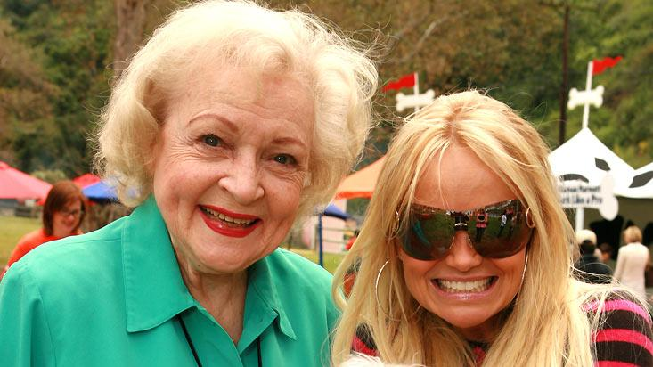 Betty White Kristen Chenoweth and her dog Maddie