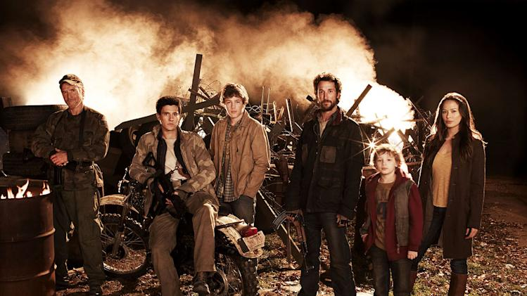 "The cast of ""The Falling Skies."""
