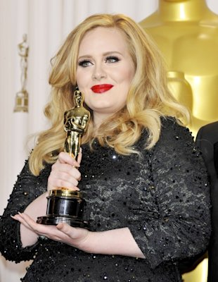 It's A Wonderful Life! Adele Says 'Life Is Fabulous' After Oscars 'Skyfall' Win