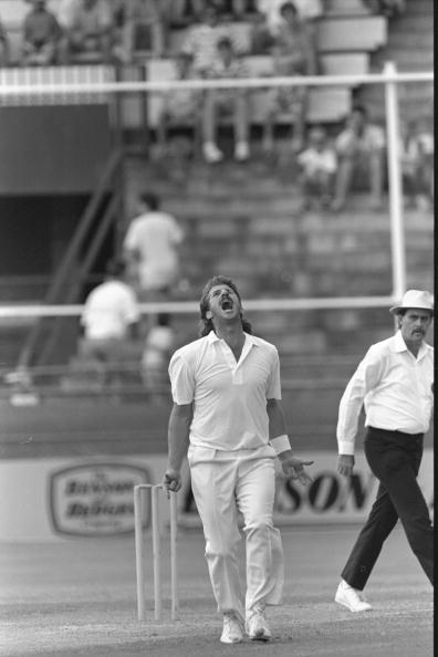 Jan 1988 : Ian Botham vents his frustration whilst playing for Queensland against South Australia in a Sheffield Shield match in Brisbane.  Mandatory Credit:  Adrian Murrell/Allsport UK