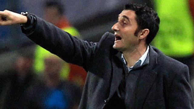 Liga - Valverde unmoved by Barca link