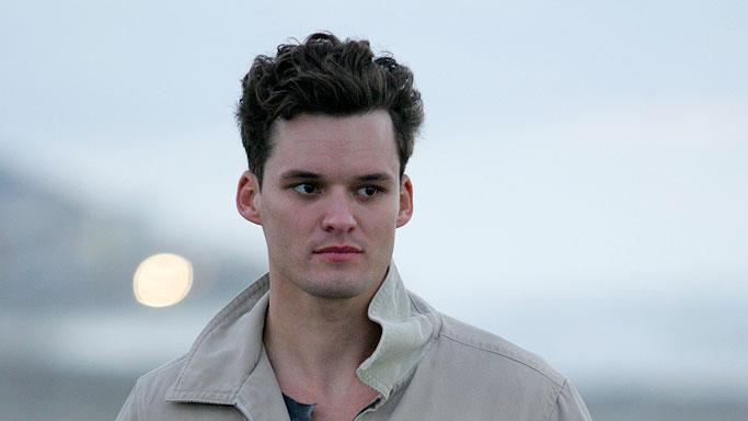 Austin Nichols stars as John in John From Cincinnati.