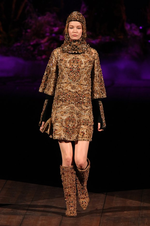 dolce-gabbana-fall-winter-2014-2015-5