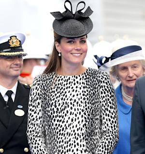 "Kate Middleton's Due Date ""Has Passed"" New Hospital Report ""Not True""; Couple in Bucklesbury"