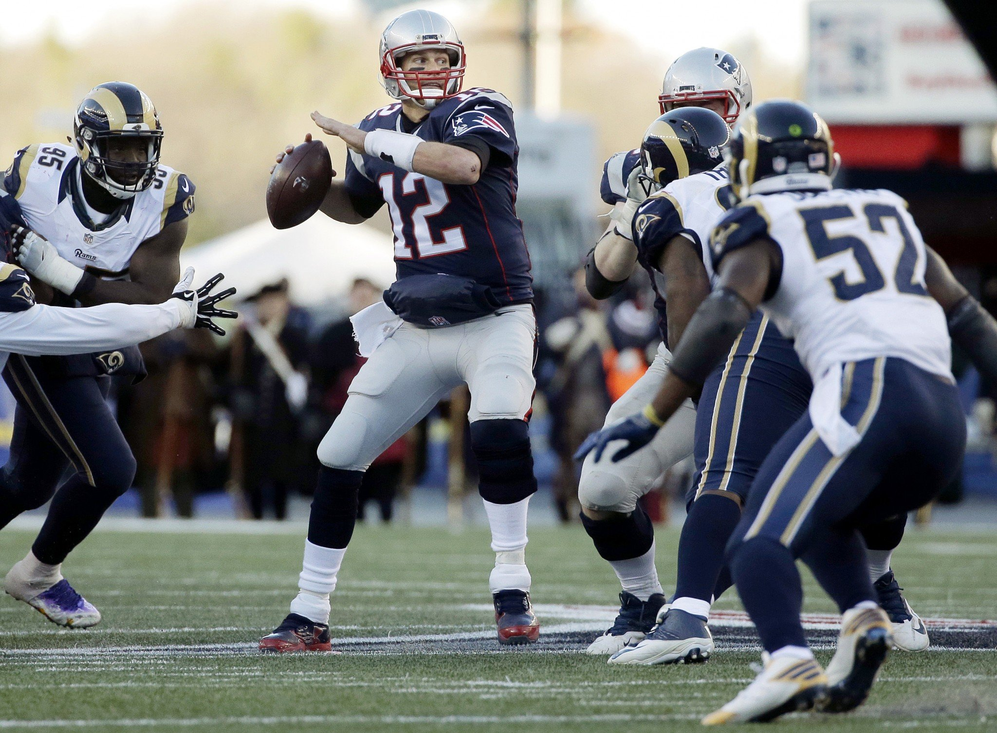 Brady sets wins mark for Patriots as Rams' Goff struggles
