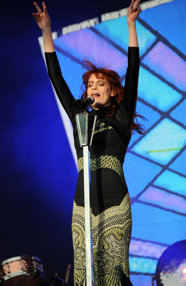 Florence Welch, performing, t in the park