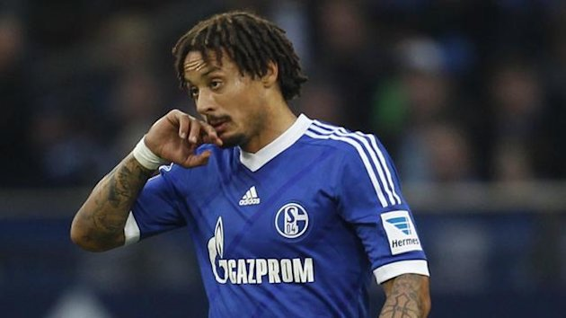 Schalke 04's Jermaine Jones reacts during the German first division Bundesliga soccer match against Werder Bremen in Gelsenkirchen November 9, 2013 (Reuters)