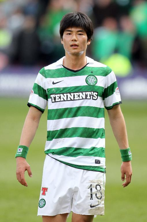 Ki Sung-Yeung is set to complete his move from Celtic to Swansea