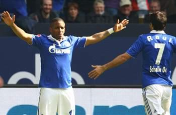 Schalke can win the Bundesliga, says Farfan