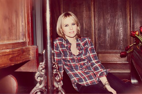 Dido Greets Motherhood With 'Girl Who Got Away'