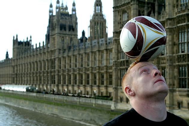 Dan Magness, Futbol Freestyler; BBC HD