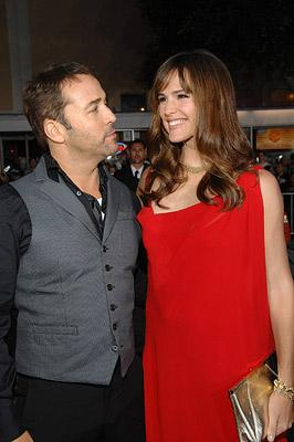 Jeremy Piven and Jennifer Garner at the Westwood Premiere of Universal Pictures' The Kingdom