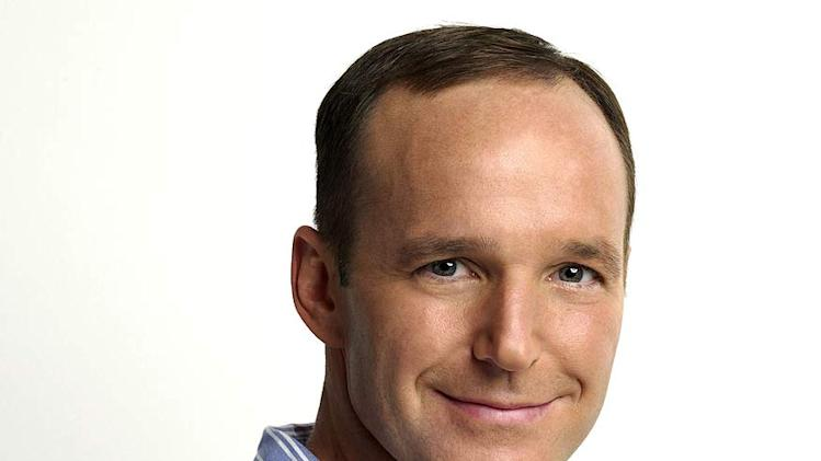 Clark Gregg stars as Richard in The New Adventures of Old Christine on CBS.