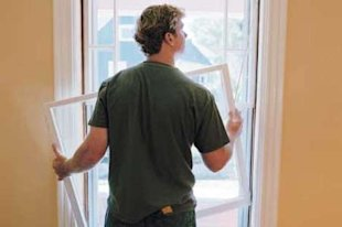 TOH Host Kevin O'Connor shows you how to draftproof old-house windows